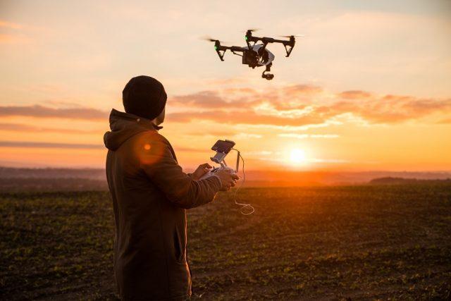 Faire-appel-a-un-pilote-de-drone-professionnel-pour-un-resultat-optimal